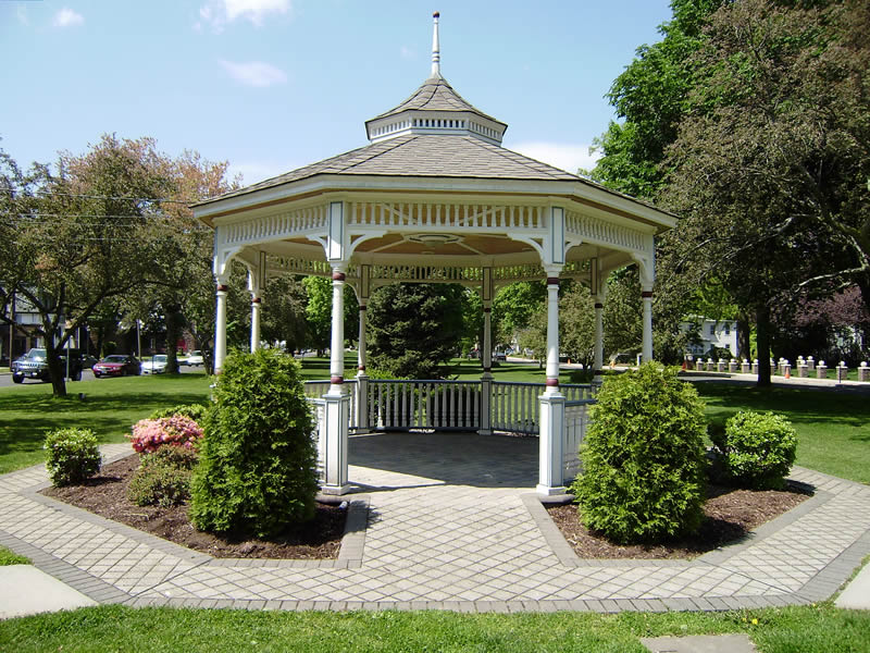 1217882869_milford-green-gazebo